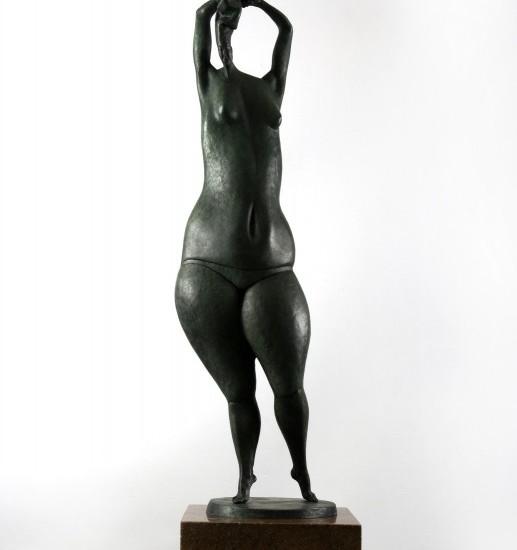 Скульптура — Купальщица