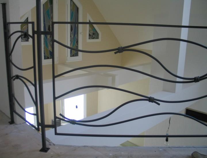 Кованные элементы для лестниц